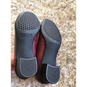 comfortview Shoes - Comfortview Burgundy Shoes Size 8.5 Wide
